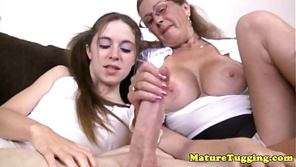 Tugging loving granny helps tugging dick