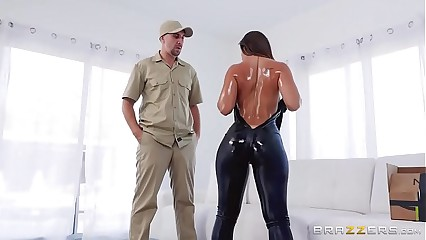 Kelsi Monroe In Catsuit Booty Bang (FULL ON EZZERS.COM)