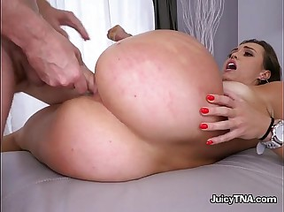 Rich Hottie Kelsi Monroe Enjoys Anal And Facial From Driver