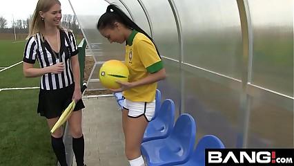 BANG.com: Scissoring Lesbian Teens
