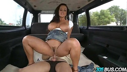 Pornstar Lisa Ann Rocks The 305bus 26