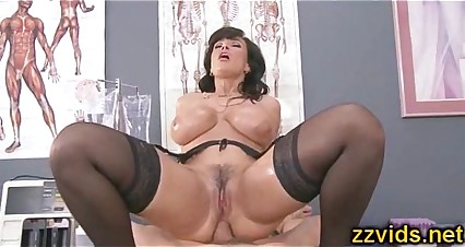 Gorgeous Lisa Ann anal riding