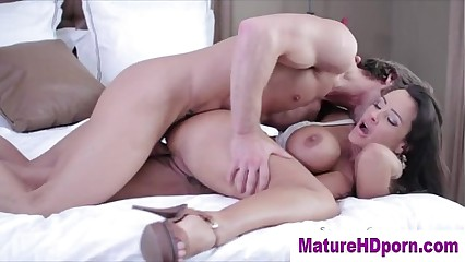 Milf mature hot slut gets fucked