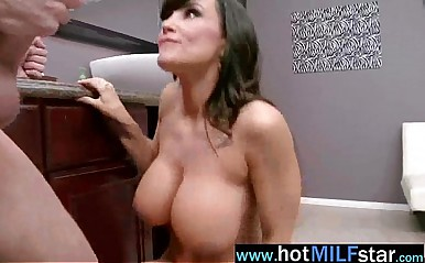 Hot Milf (lisa ann) Enjoy Big Cock As A Star On Tape movie-23