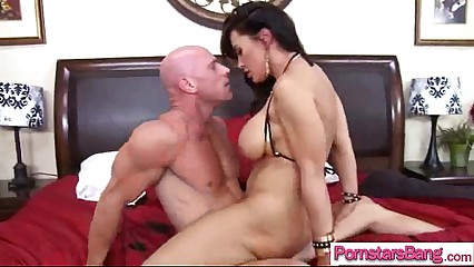 Hot Pornstar (lisa phoenix) Get Busy On Cam With Huge Monster Cock vid-17