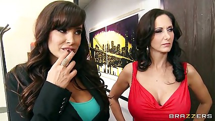 Free Brazzers videos tube - Busty Ms. Ann has just gotten a new shipment of paintings at her art gal