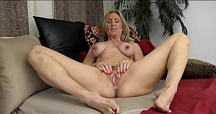 Mature Show Her Huge Nipples - 69webcams.tk