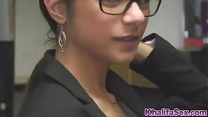 Mia khalifa masturbating