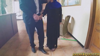 Arab Girl Loves Sucking Dick (ЩѓШі) - http://www.xibata.com