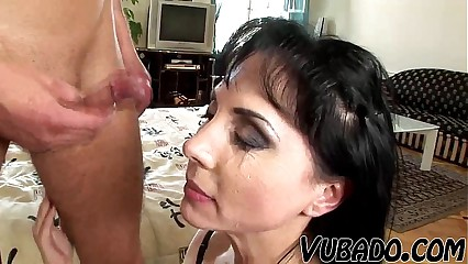I FUCKED THE MILF ON BED !!