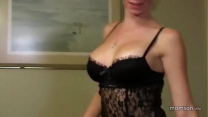 Vanessa Vixon step mom 100244