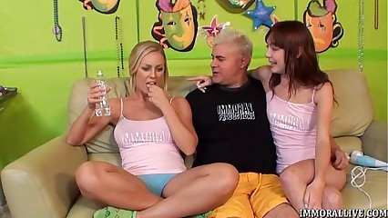 Nicole Aniston Suck and Fuck Threesome
