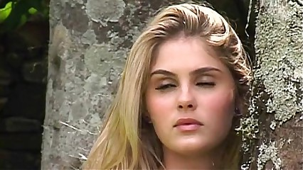 Barbara Evans - Making-of Playboy COMPLETO