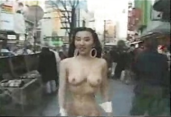 Crazy asian girl walks naked in public!