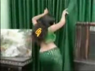 Dood wali bb real indian girl nude dance video )