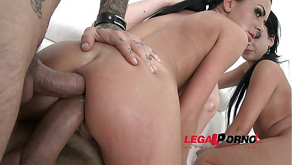 Amel Annoga & Inga Devil DAP mini orgy with 3 guys SZ927
