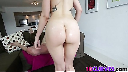 Scarlett Sawyers ass is HUGE