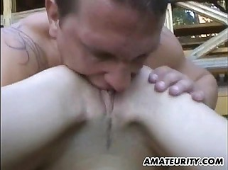 Very hot amateur girlfriend outdoor action with cumshot