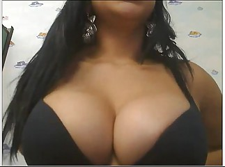 Latina with Big Boobs Masturbating on Cam - www.SnapChatGirls.net