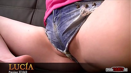 Spanish teen in labia-shorts