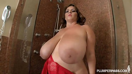 Maria moore in the shower washes up her big juggs