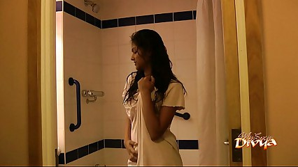 Indian pornstar babe divya seducing her fans with her sex in shower