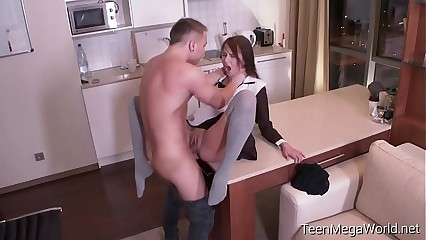TeenMegaWolrd.net - Selena Mur - Some like it hard