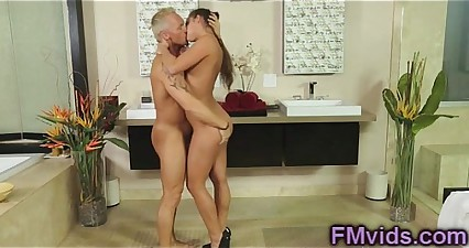 Hot shower with sexy Amirah Adara
