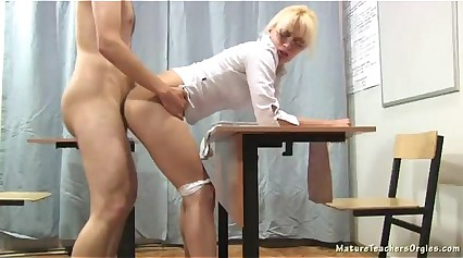 Russian mature teacher - Nadezhda (mature teachers orgies)