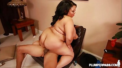 Sexy Black Big Tit BBW Vicki Black