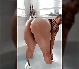 sexy thick bbw from BBWCurvy .com