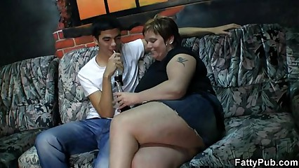 BBW jumps on his boner