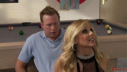 Sexy Blonde Strip Girl threesome Alexis Texas and Julia Ann