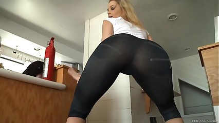Alexis Texas Beautiful Hot Ass Milf