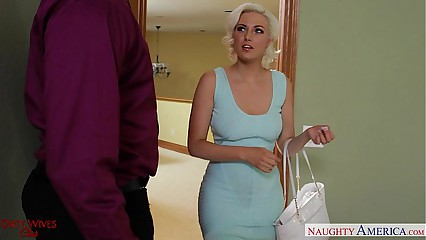 Blonde wife in stockings Jenna Ivory fucking