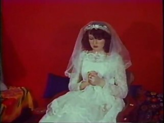 Classic Vintage Retro - DiamondClip - Anal Virgin