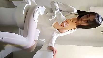 CUTE CHINESE MODEL. Watch more: http://123link.vip/hNC88n