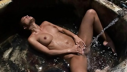 Melisa - Orgasmic in Mexico