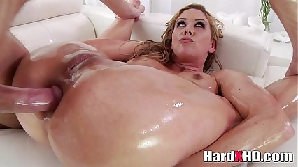 Oiled mommy Cherie DeVille hardcore anal