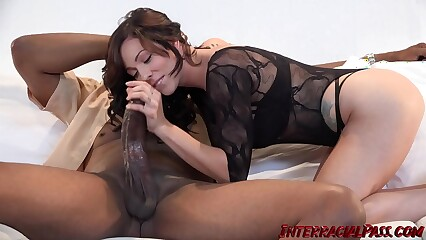 Inked beauty Harlow Harrison chokes on BBC before riding