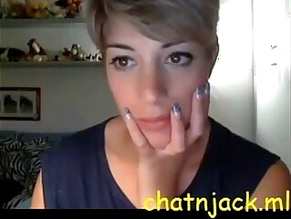 Very beautiful short hair girl CAM - live cam - http://chatnjack.ml