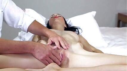 Yonitale: skinny beauty. Olivia Y has amazing orgasms