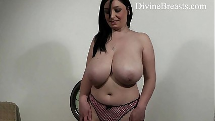 Hot Busty Teen Bouncing Boobs