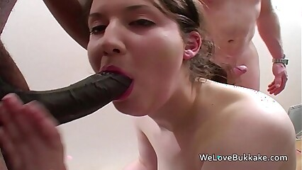 Amateur white destroyed by black cocks
