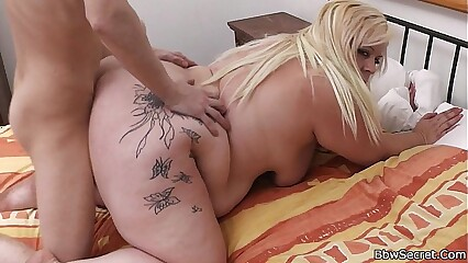 Blonde bbw cheating with a guy