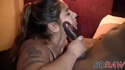 SDRAW BBW LATINA SUCKING BBC