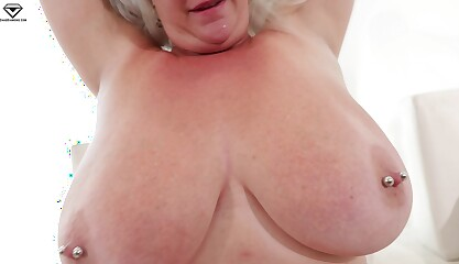 Cameron Skye Giant Boobs MILFQUEST BBW POV