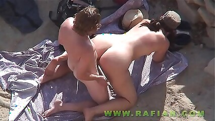 Beach Safaris 17HD