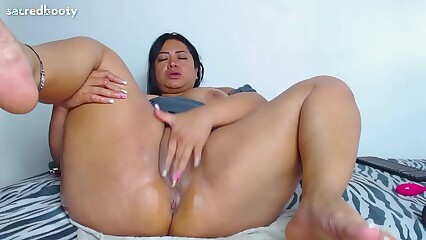 SacredBooty PiaLaDelicia aka Dirtyxbigassx aka Piahotmodel BIG ASS mega booty Colombian MILF BBW culona loca