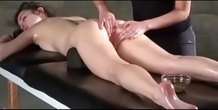 Massagem lésbica 8
